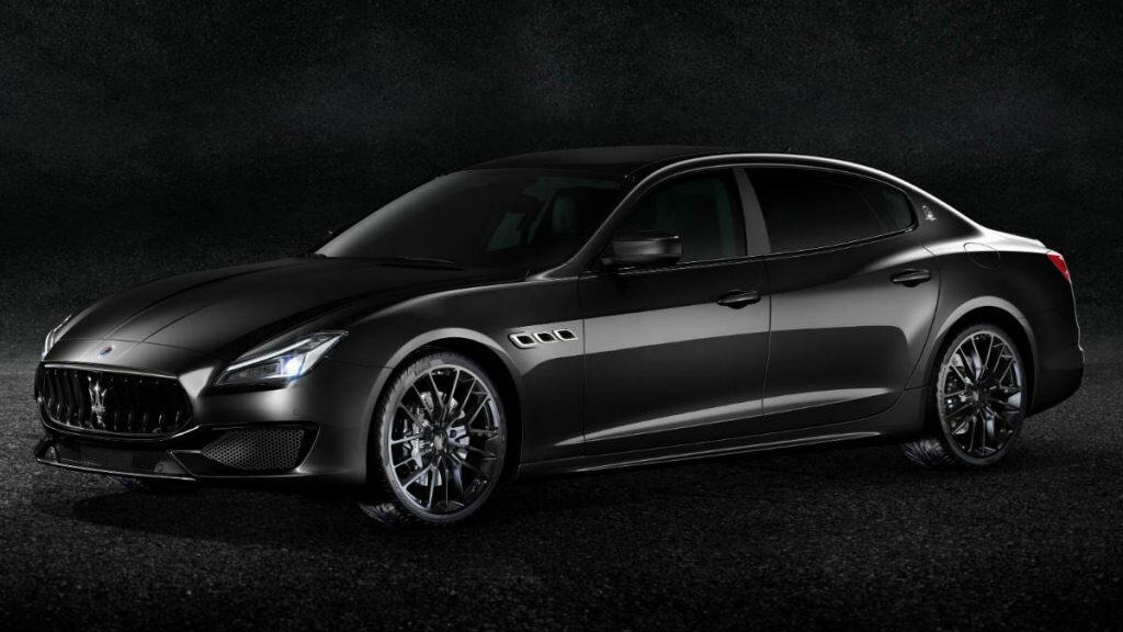 LUXURY CAR MASERATI QUATTROPORTE NERISSIMO EDITION