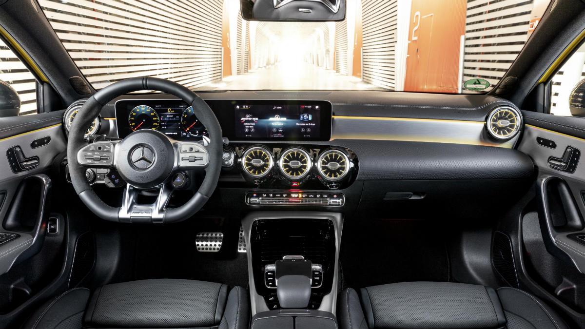 Mercedes AMG A35