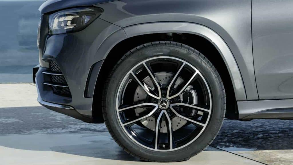 LUXURY SUV MERCEDES-BENZ GLS