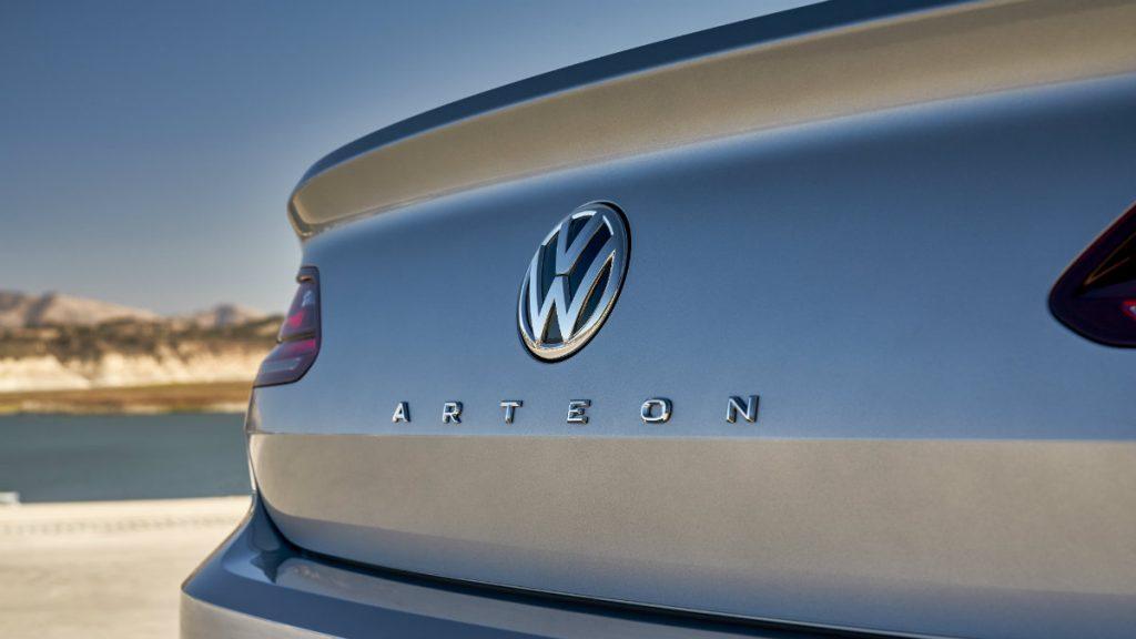 SPORTS CAR VOLKSWAGEN ARTEON