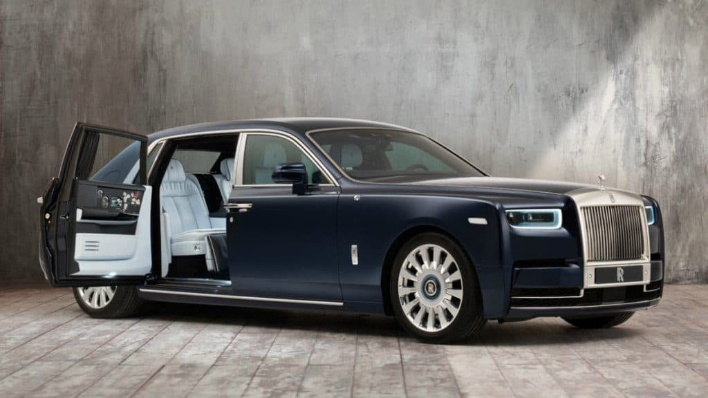 LUXURY CAR ROLLS-ROYCE PHANTOM