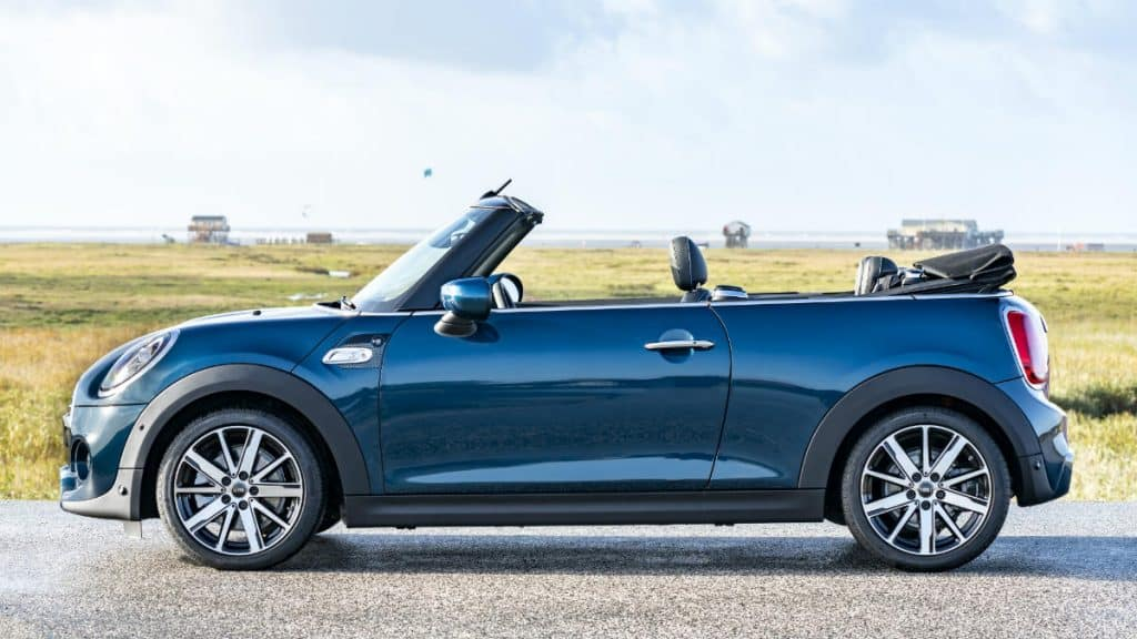 Cabrio car MINI Convertible Sidewalk
