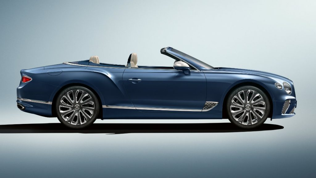 LUXURY CAR BENTLEY CONTINENTAL GT MULLINER CONVERTIBLE